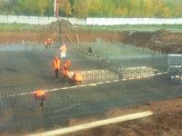 На фото: Армирование фундаментной плиты подземной части резервуара-усреднителя
